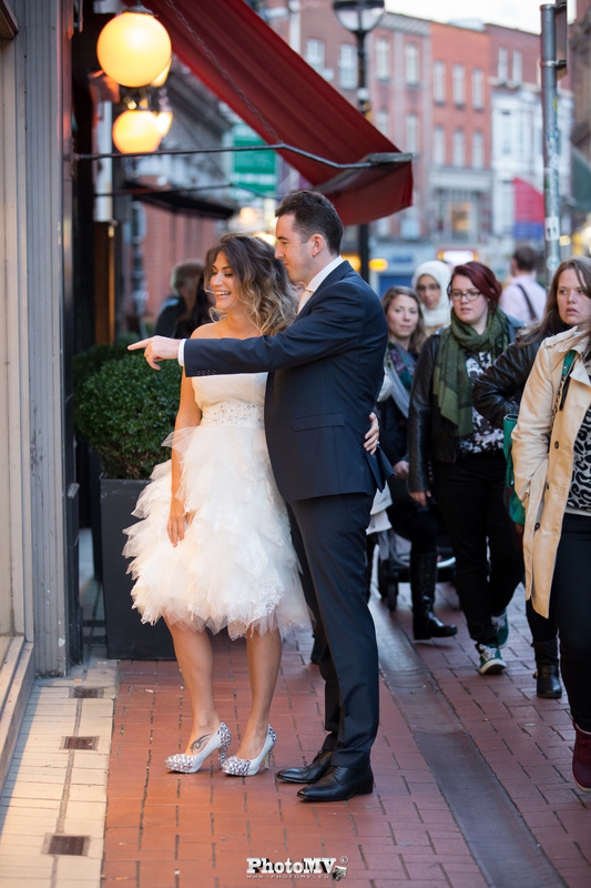 Natural wedding photography in Dublin streets