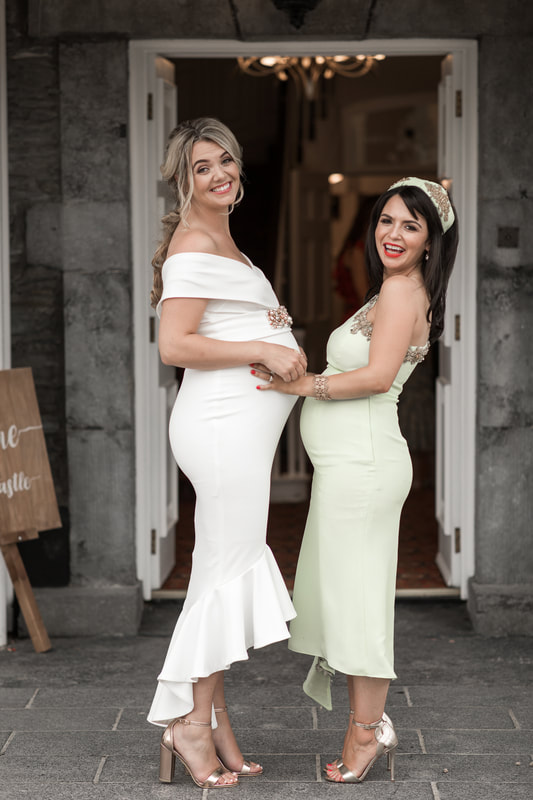 2 pregnant ladies at a wedding in Darver Castle