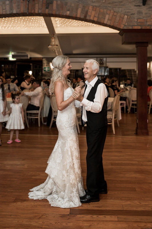 Bride and her father dance at Darver