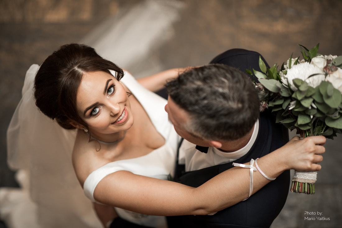 Four Seasons Hotel Wedding in Carlingford and best photographer Mario