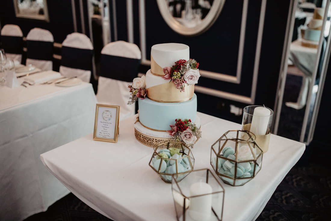 Wedding Cake at  The g Hotel, in Galway, photography by Mario Vaitkus