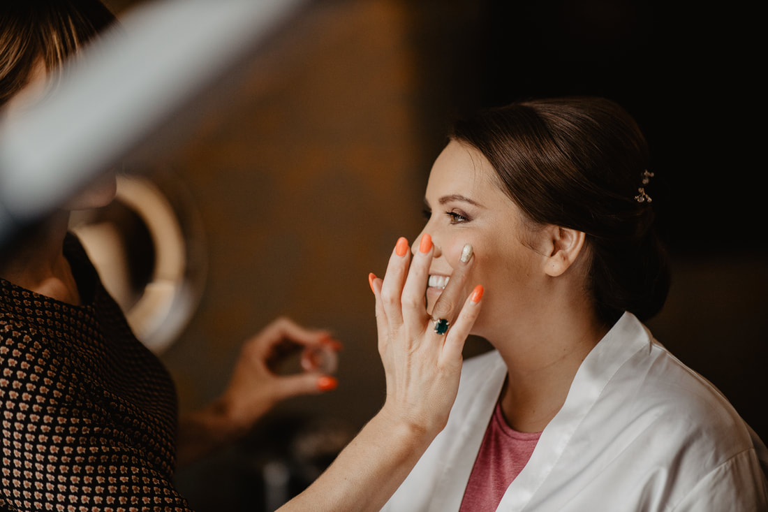 Makeup  at Clanard Court Hotel, Athy, Co. Kildare by wedding photographer Mario Vaitkus
