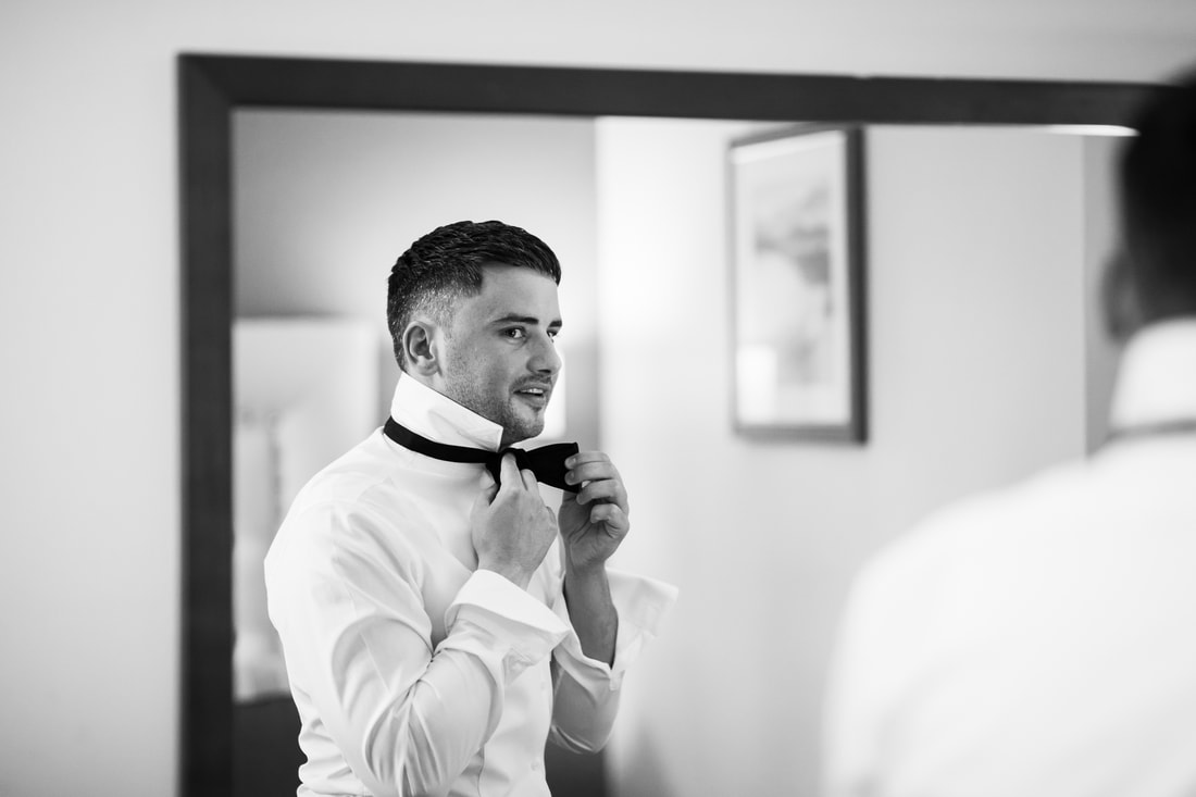 groom and mirror